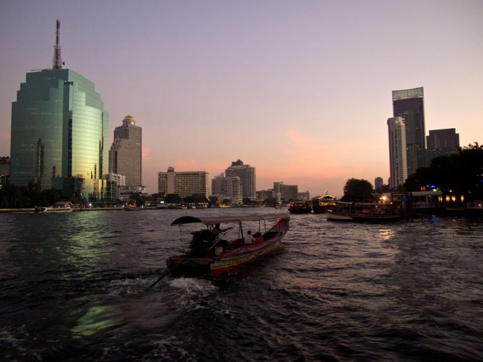 Sunset at the Chao Phraya river, Bangkok
