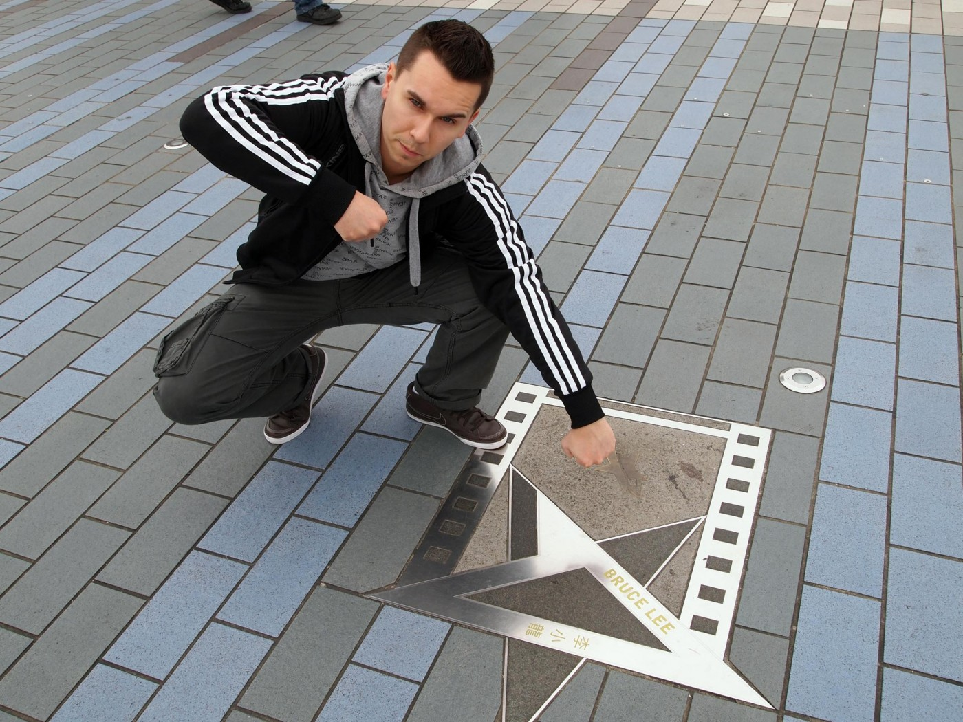Marcel und Bruce Lee in der Avenue of Stars