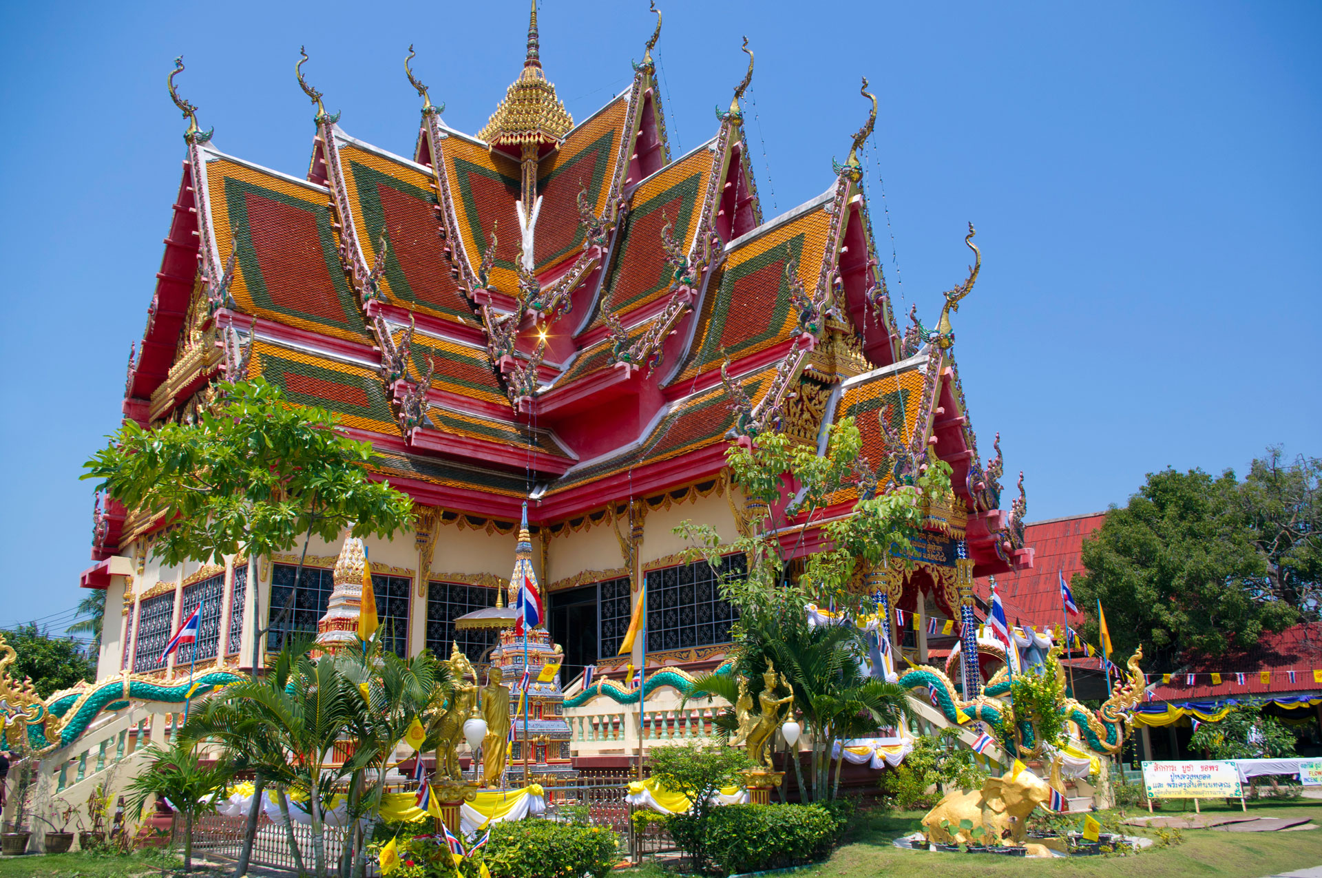 What to See and Do in Koh Samui, Thailand?