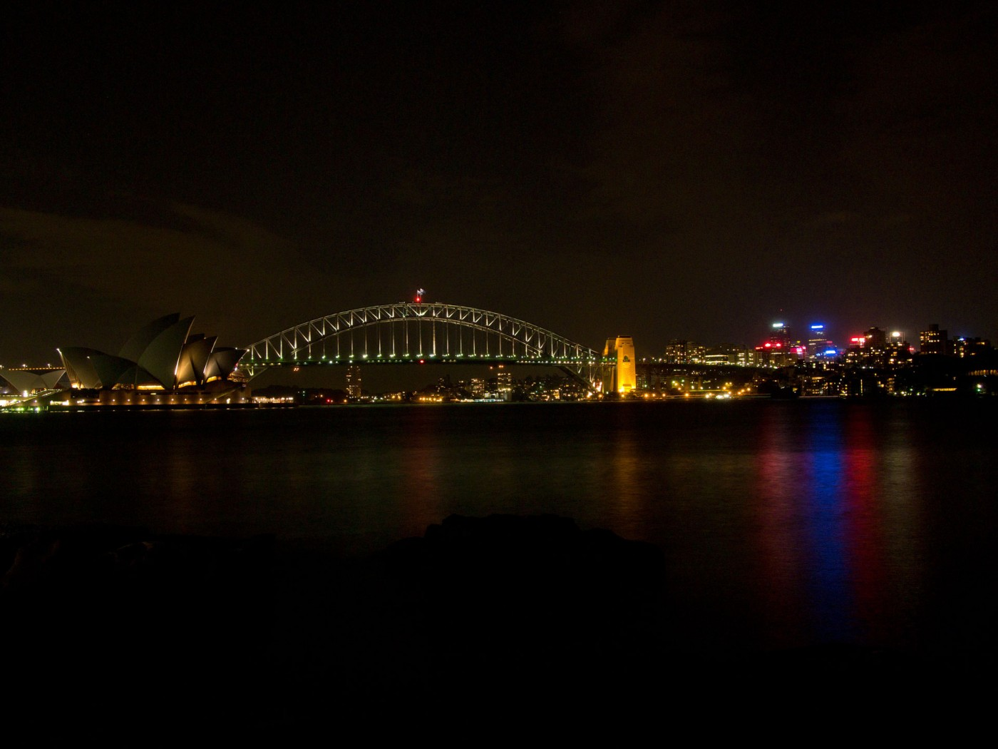 View at the harbour of Sydney from Mrs. Macquarie's Point at night
