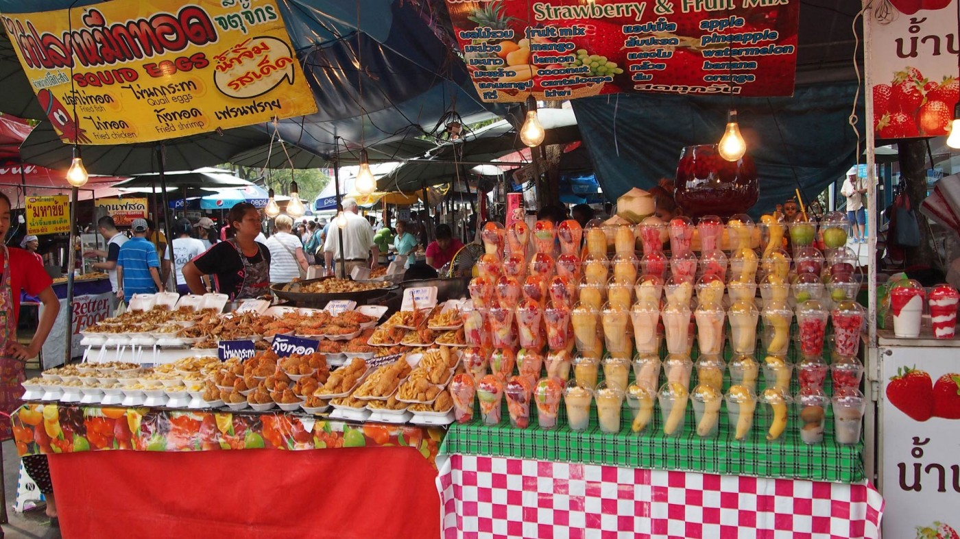 Food stand at the Chatuchak Market, Bangkok, Thailand