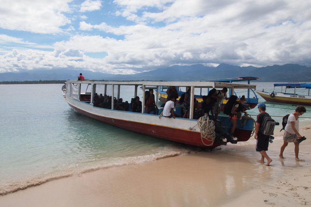 Island hopping boat on Gili Meno