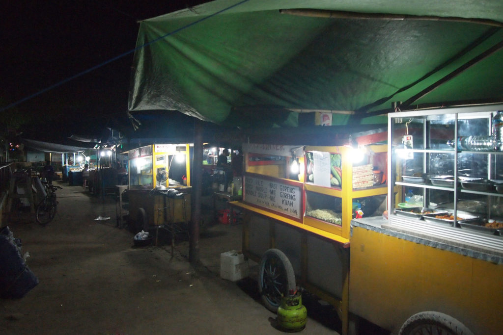 Warungs at the night market of Gili Trawangan