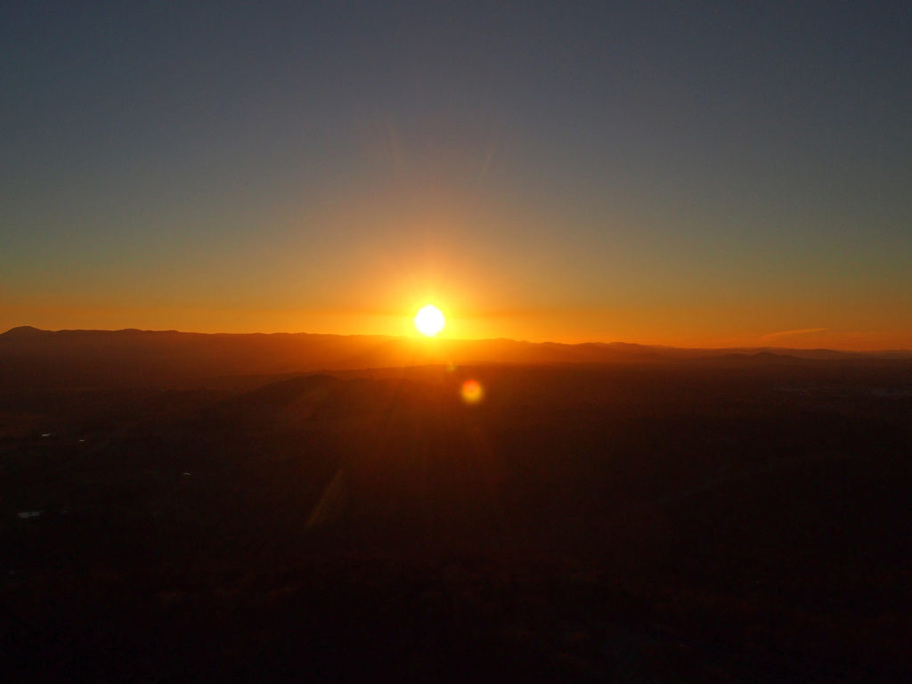 Sonnenuntergang am Black Mountain Tower, Canberra