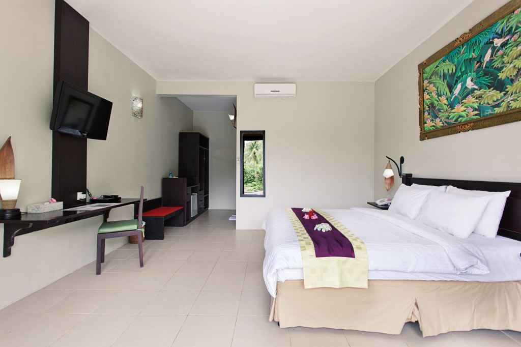 Dahlia double room at Kebun Villas & Resort (Senggigi, Lombok)