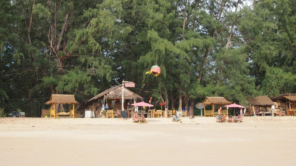 Strandbar am Long Beach auf Koh Lanta