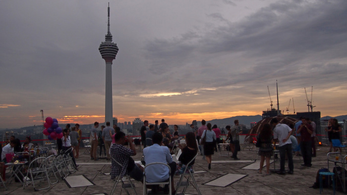 The helipad of the Menara KH in the evening. Superb bar with an amazing view