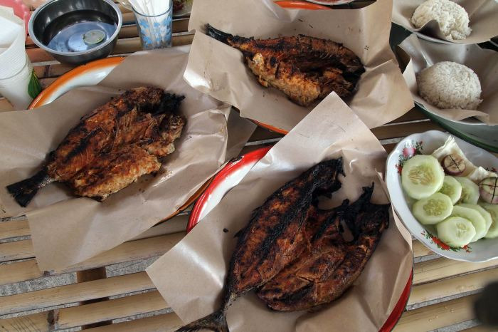 Grilled fish at Pandanan Beach, Lombok