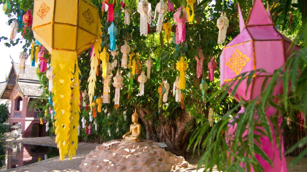 Laternen zu Loy Krathong im Wat Phan Tao, Chiang Mai
