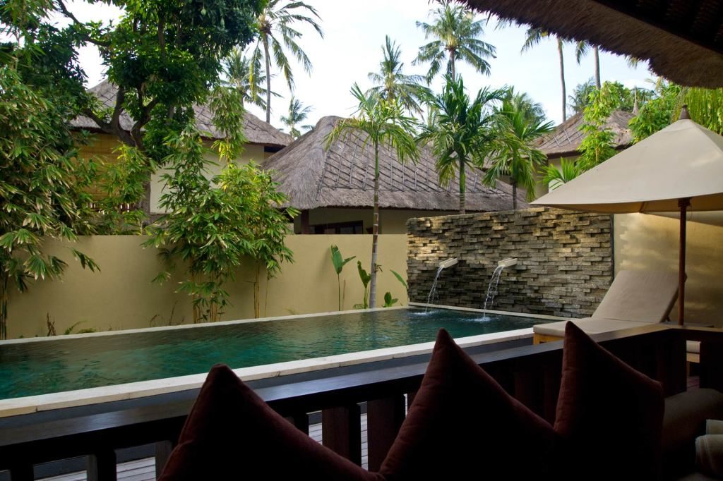Swimming pool and terrace in the Qenari Villa at Qunci Villas, Lombok