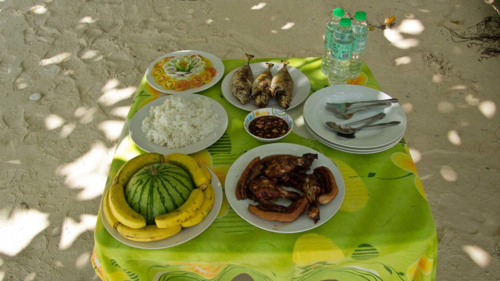Lunch at Pasandigan Beach
