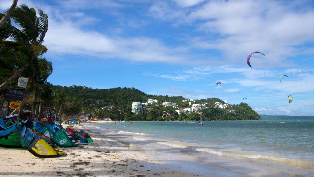 Kite surfers at Bulabog Beach, Boracay