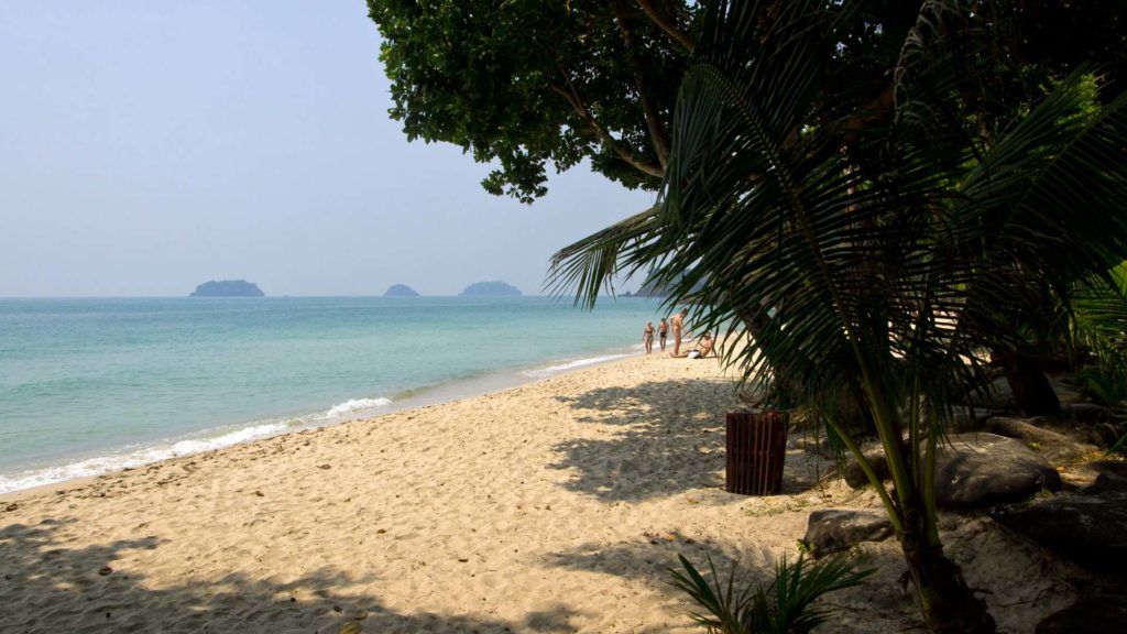 The northern part of Lonely Beach on Koh Chang