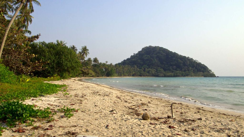 The lonely Long Beach in the southeast of Koh Chang