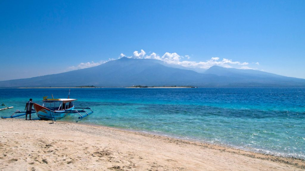 View from Gili Kapal at the mainland of Lombok and the other Gili islands