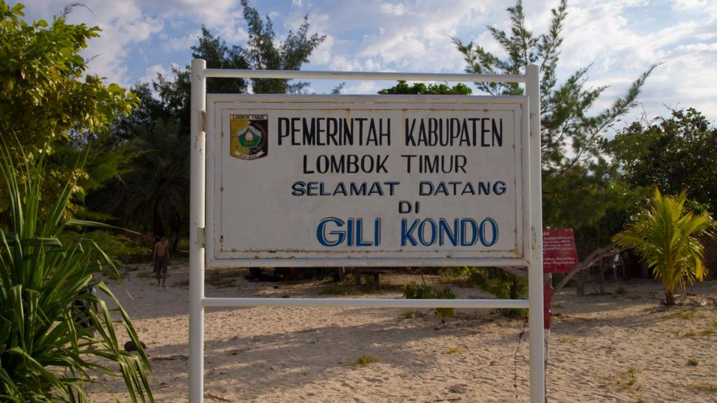 Gili Kondo sign, East Lombok