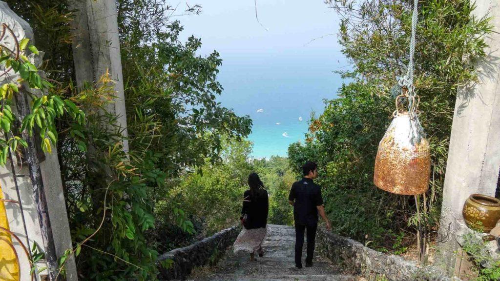 Aussicht von der Pagode, dem höchsten Punkt von Koh Larn
