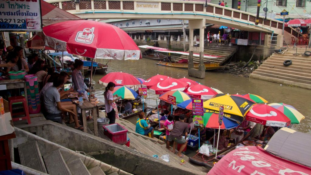Floating vendors at the Amphawa Floating Market, Samut Songkhram