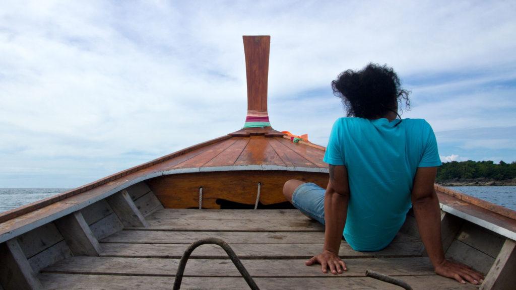 Unterwegs mit dem Longtailboot von Koh Mook nach Koh Kradan