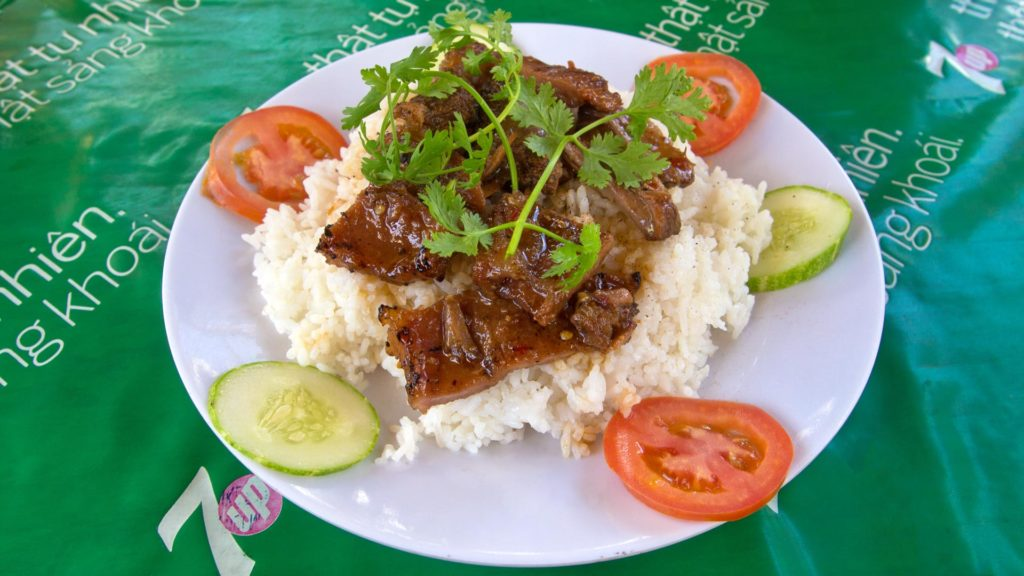 Com Thit Kho Tieu - rice with pork and pepper