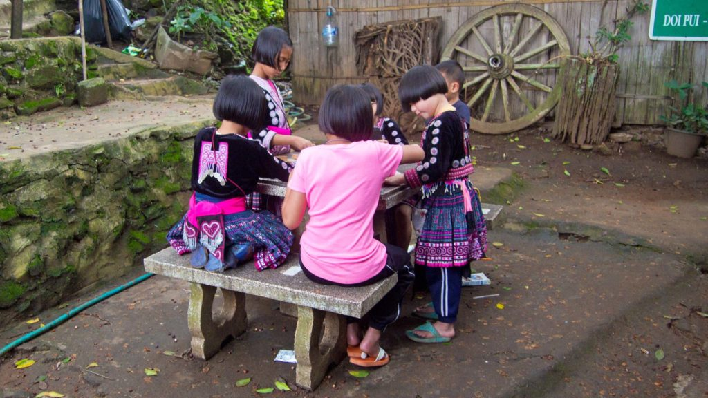 Kinder im Hmong Village, Doi Pui, Chiang Mai
