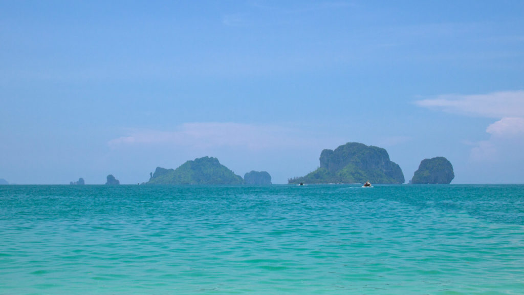 The view from the Phra Nang Cave Beach at Chicken Island and Koh Poda in Krabi
