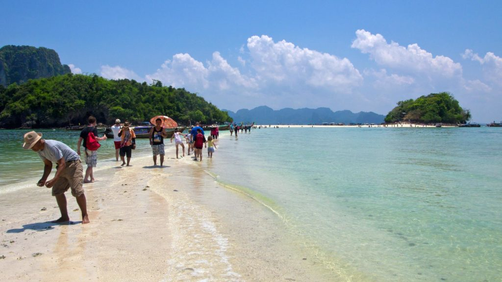 The sand bank between Chicken and Tub Island in Krabi