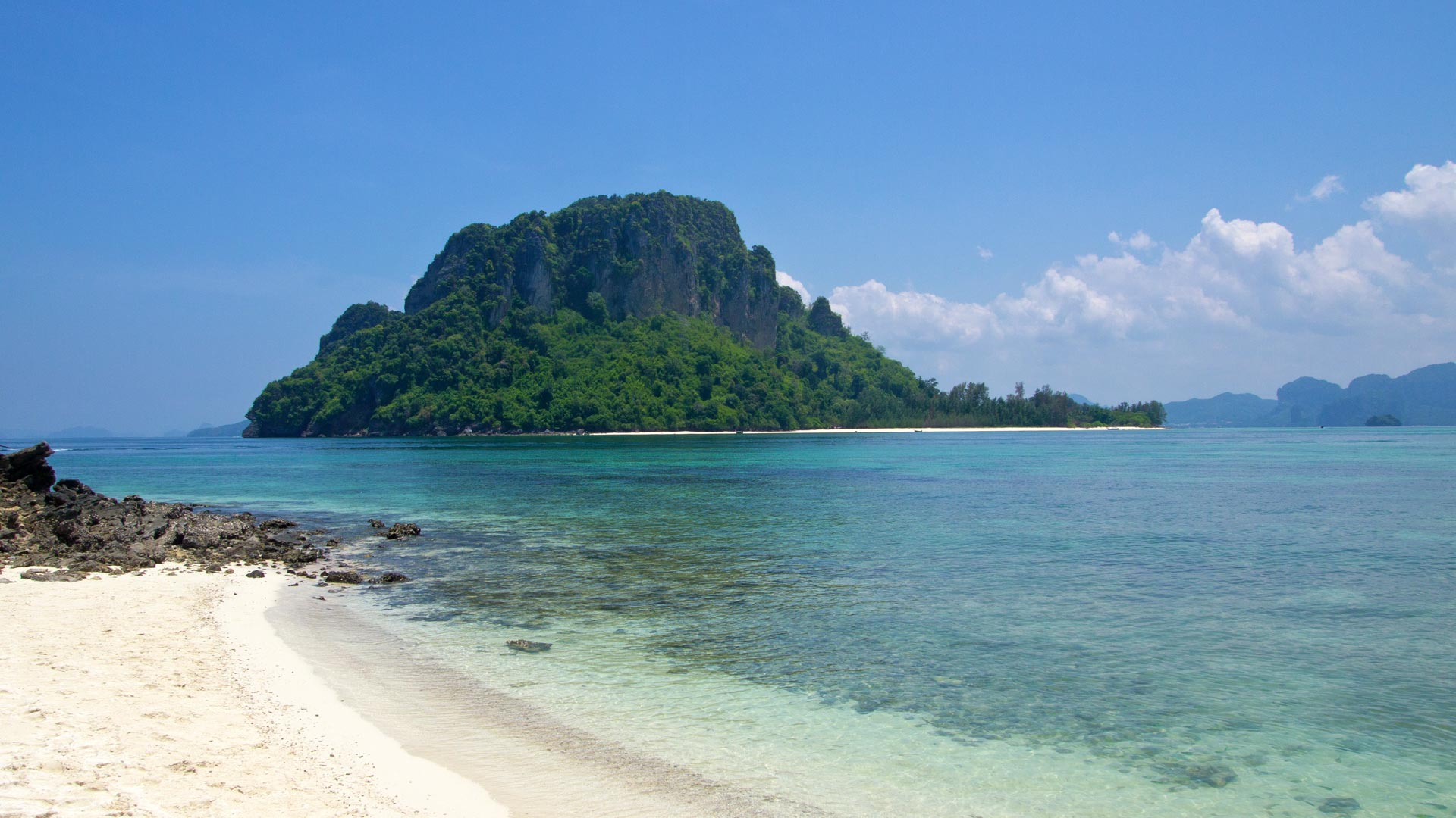 Chicken Island and Tub Island in Krabi – a day trip ...