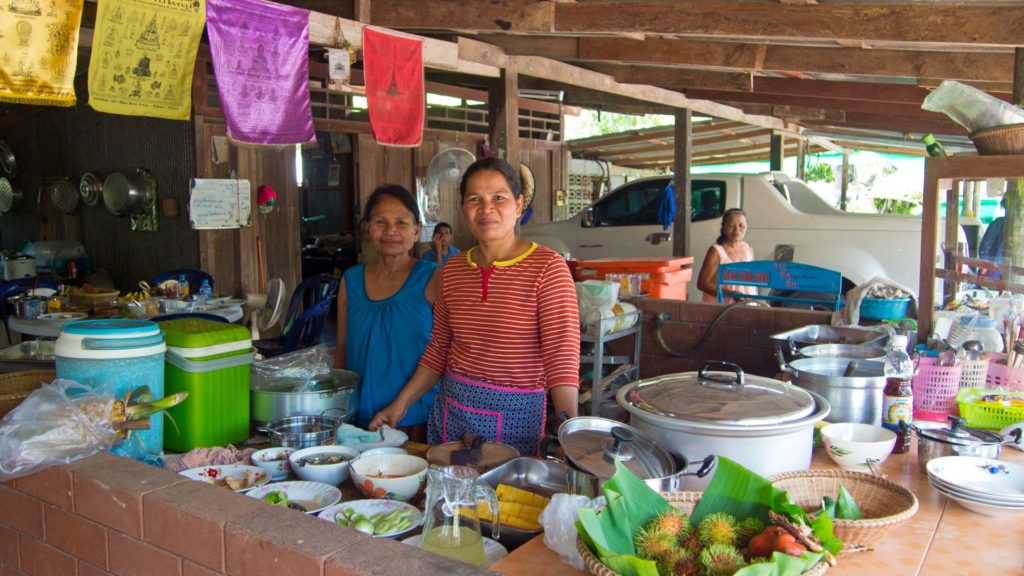 Essen im Chong Chang Tune Live Ecomuseum in Trat