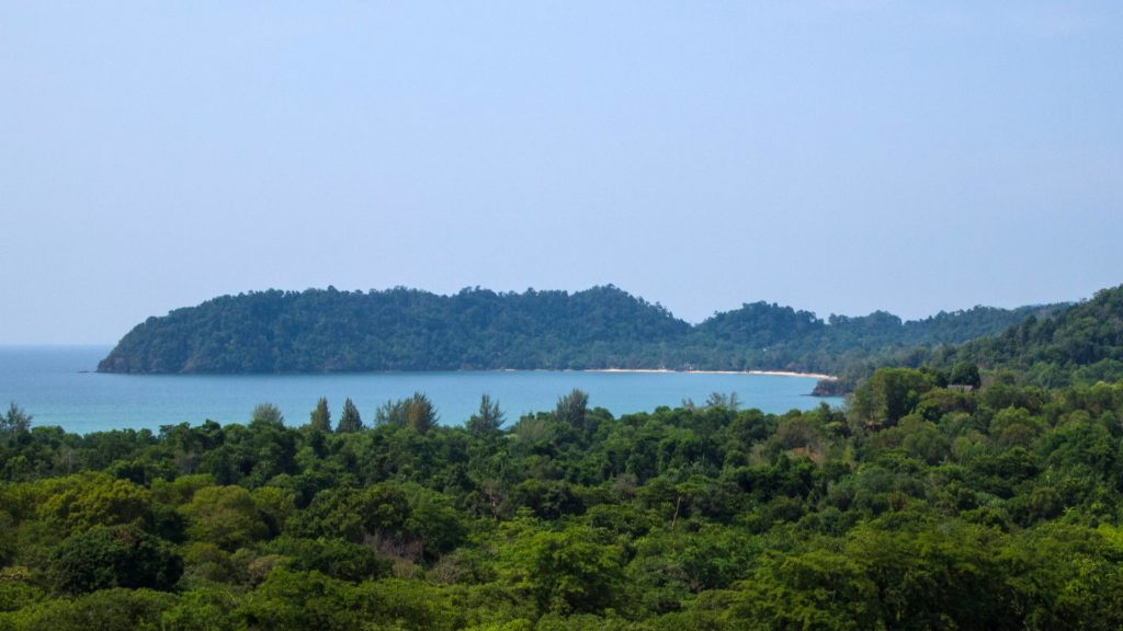View from viewpoint to the big bay of Buffalo Bay, Koh Phayam