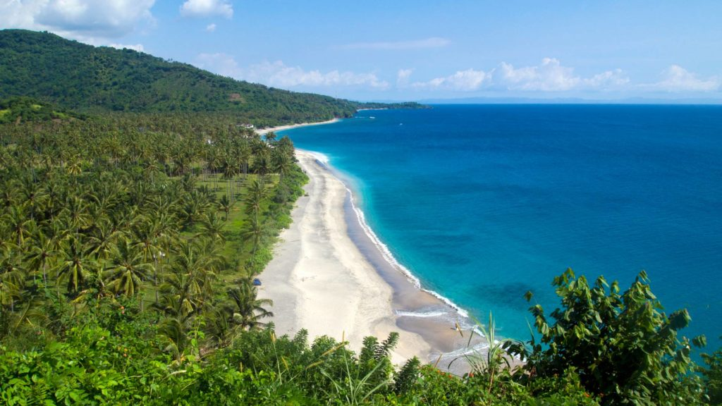 View of the Setangi Beach on the west coast of Lombok