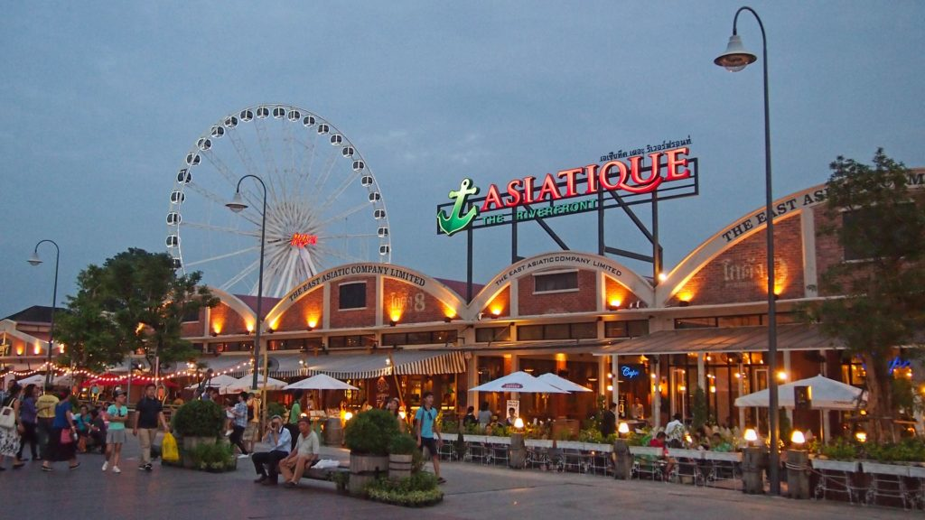 The Asiatique night market in Bangkok