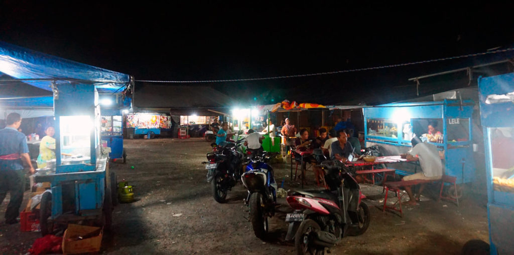 Night market (Pasar Malam) on Nusa Penida in Indonesia