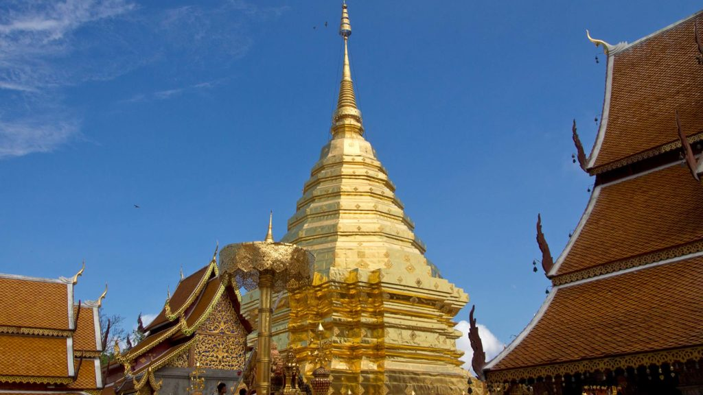 Der goldene Chedi des Wat Phra That Doi Suthep in Chiang Mai