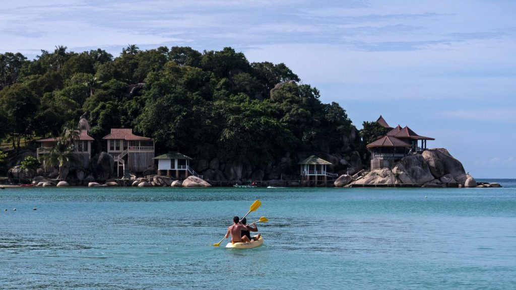 People kayaking on Koh Tao