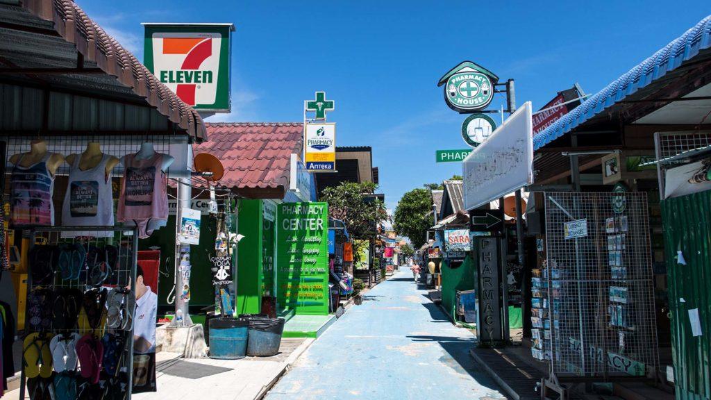 Tagsüber in der Walking Street von Koh Lipe