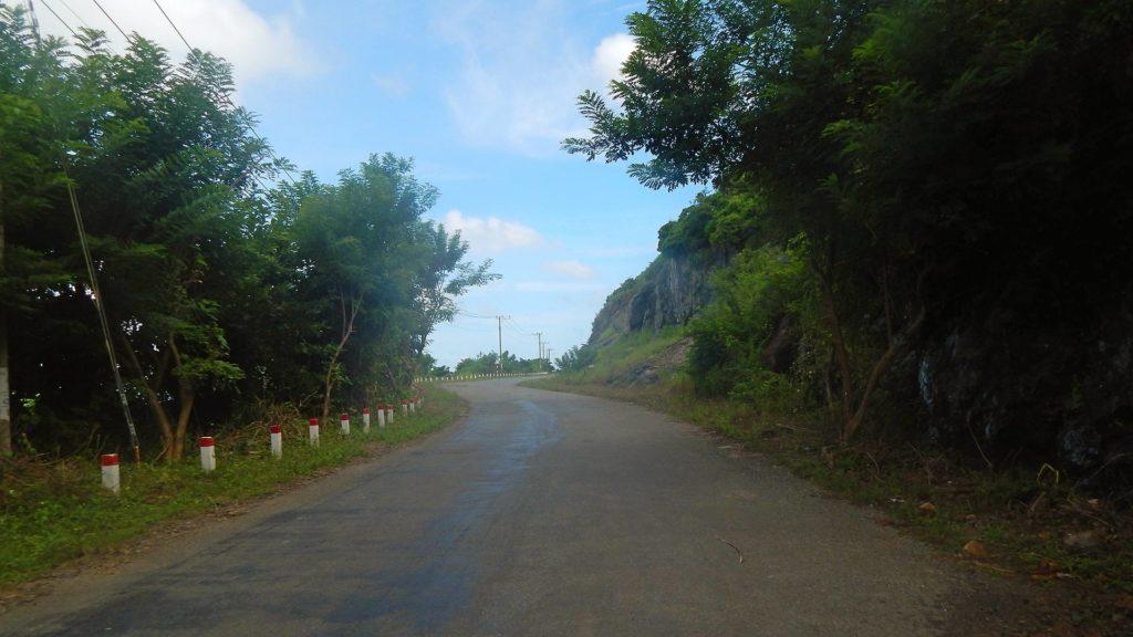 Straße auf der Insel Con Son