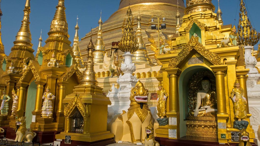 Alles in Gold an der Shwedagon Pagode in Yangon