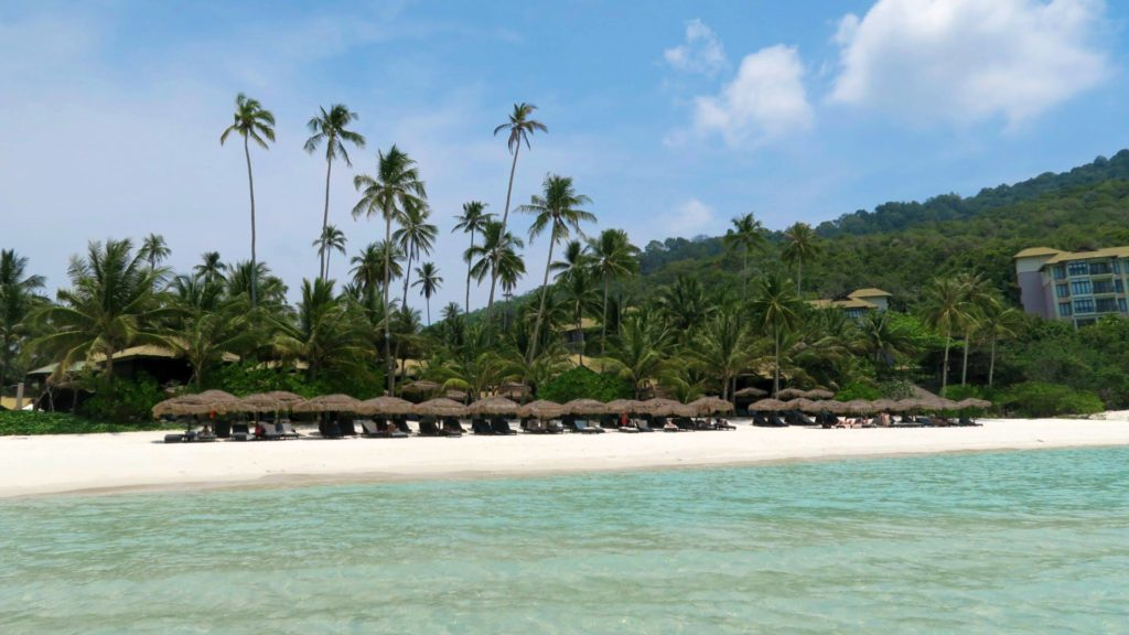 Strand am The Taaras Beach & Spa Resort auf Redang Island, Malaysia
