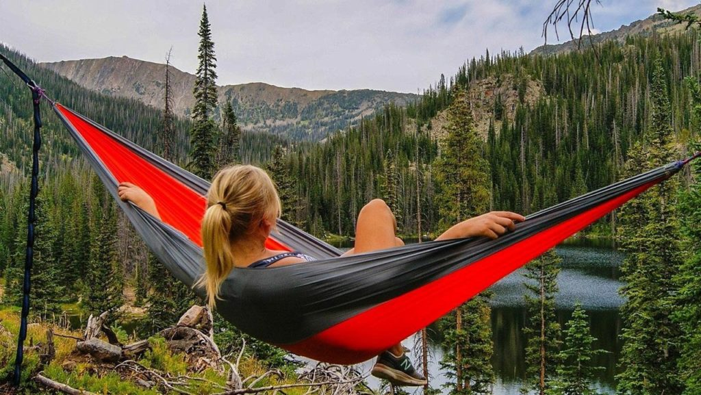 Outdoor hammock to go