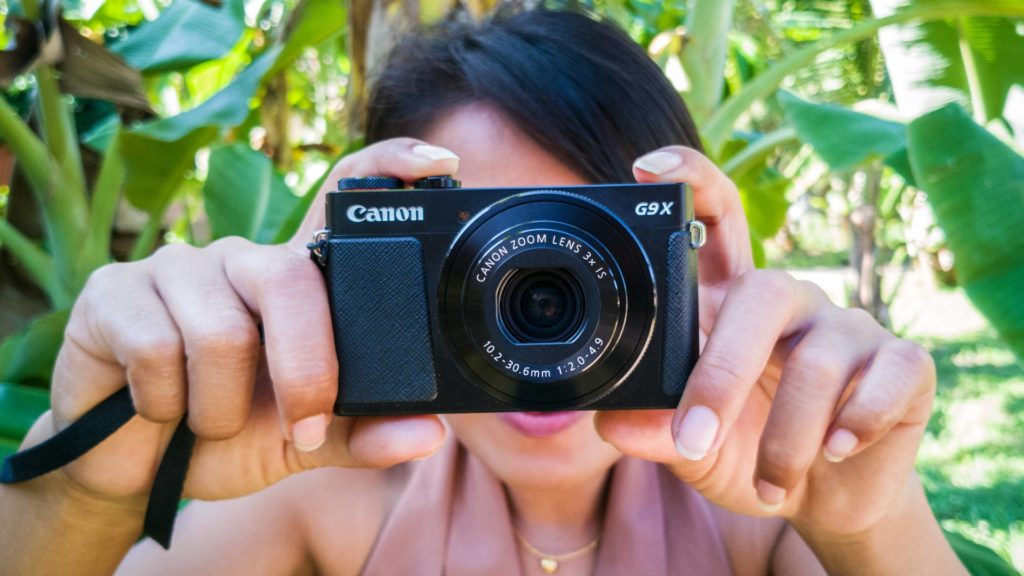 The Canon PowerShot G9 X in use