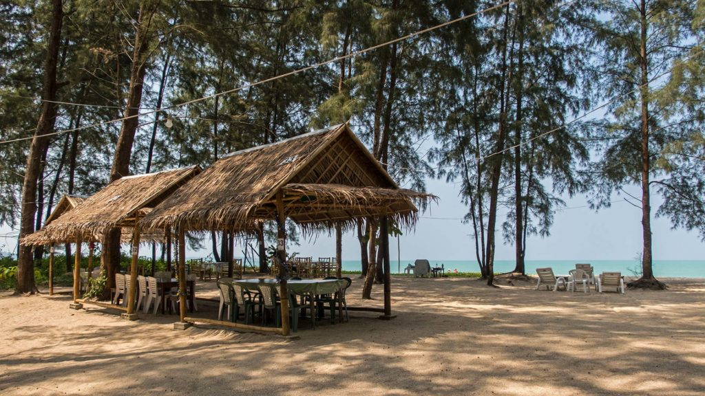 Dinner am Strand, Liabhad Bar & Grill Restaurants, Bangsak, Khao Lak