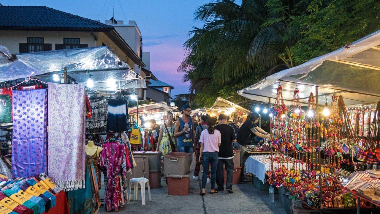 Abendstimmung auf der Bophut Walking Street, Koh Samui