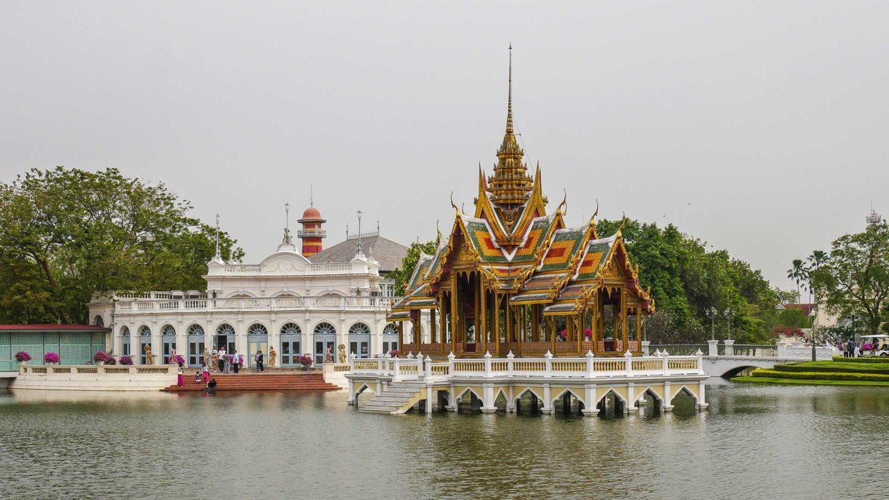 Der Bang Pa In Palace in der Nähe von Ayutthaya