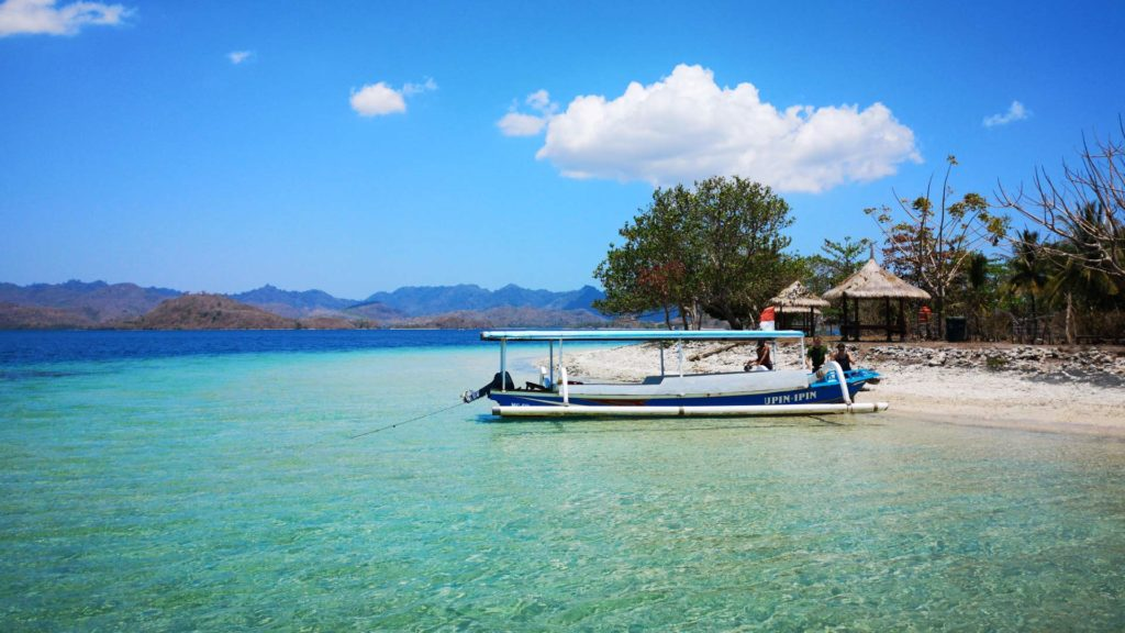 Traumhaftes Wasser vor Gili Layar in Sekotong, Lombok