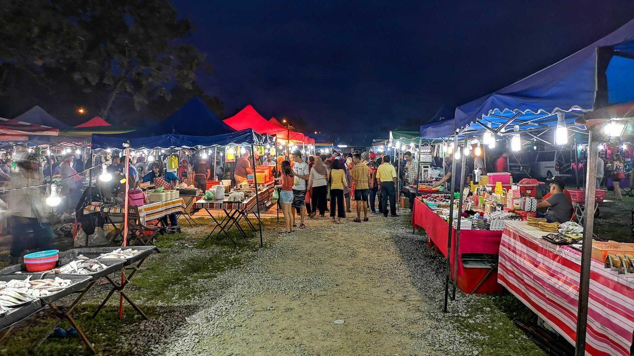 Stände auf dem Langkawi Nachtmarkt