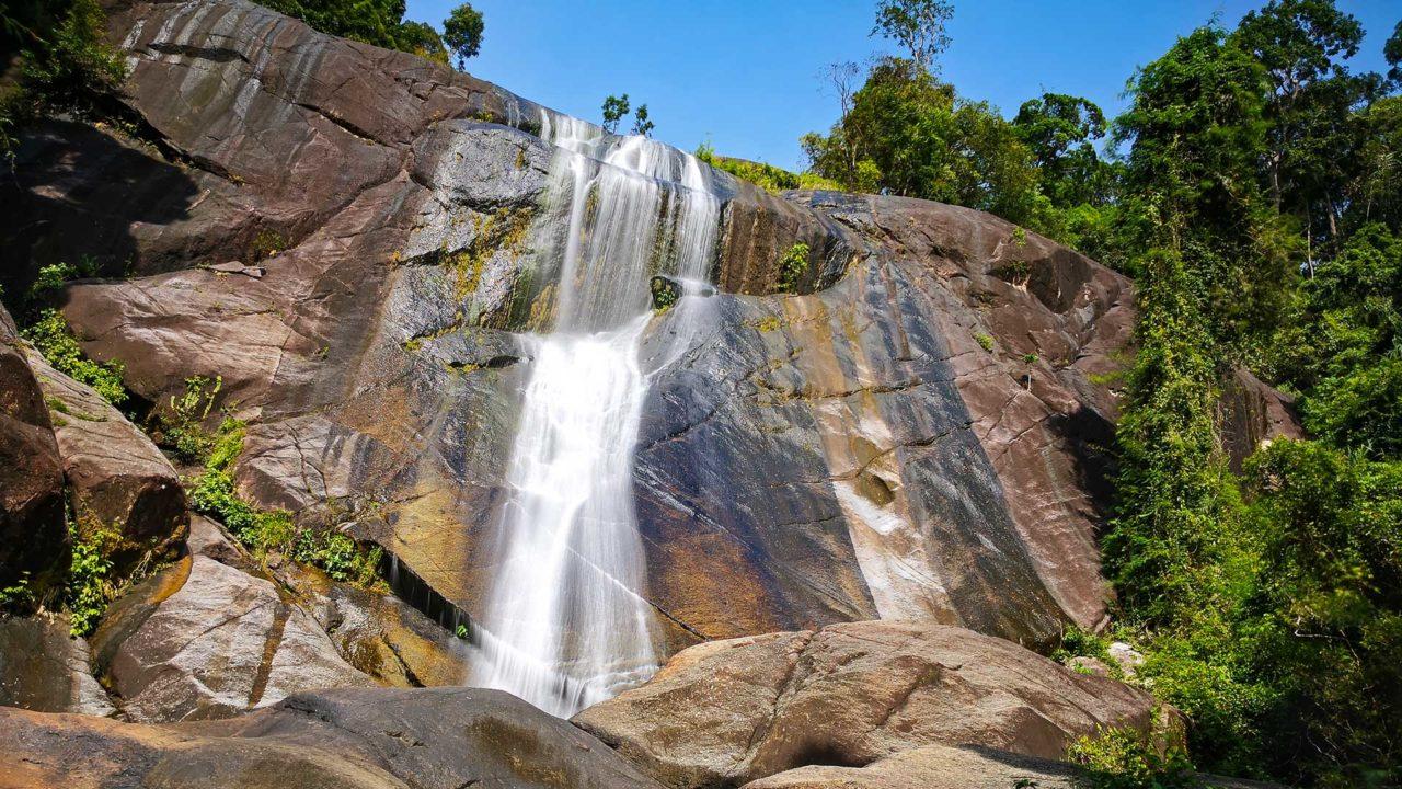 Der Telaga Tujuh Wasserfall (Seven Wells Waterfall) von Langkawi