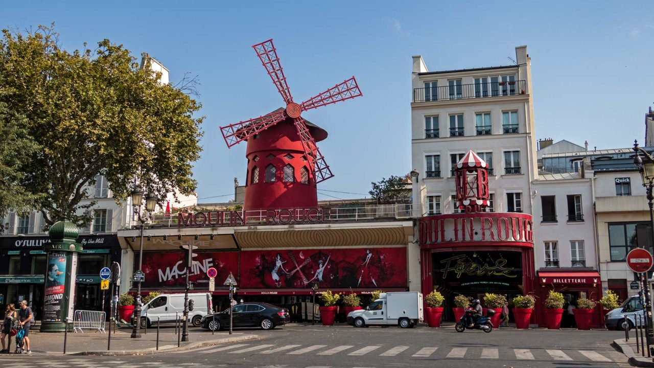Die rote Mühle des Moulin Rouge in Montmartre, Paris