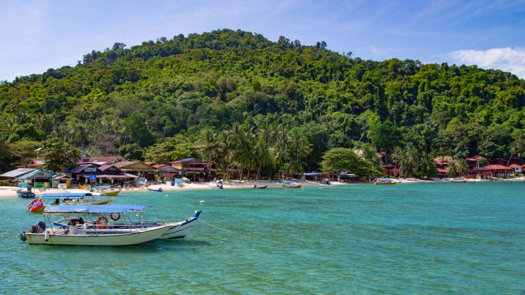 Boote in der Coral Bay, Perhentian Kecil (Malaysia)
