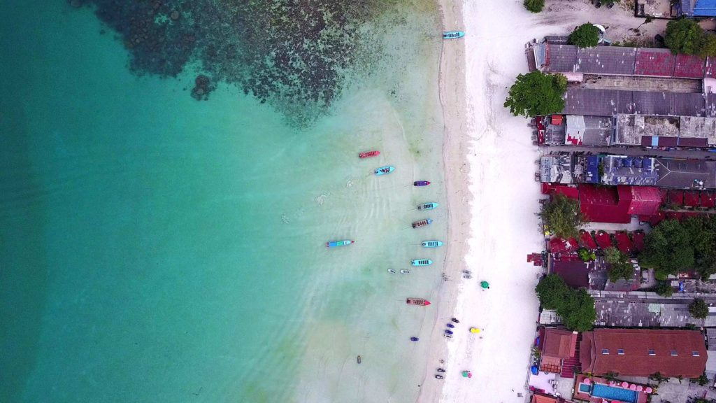 Drone flight over Haad Rin Nok Beach, Koh Phangan